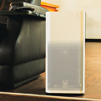 Air purifier in a living room